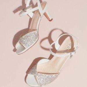 NIB De Blossom Crystal Satin Peep Toe Heels. 7